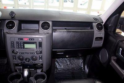 http://radicalautodeals.com/uimages/vehicle/2654920/med/2005-Land-Rover-LR3-SE-SALAA25495S300543-9718.jpeg