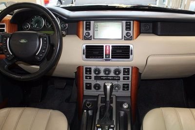 http://radicalautodeals.com/uimages/vehicle/2703695/med/2006-Land-Rover-Range-Rover-HSE-SALME154X6A237451-1273.jpeg
