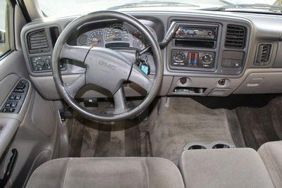 2004 GMC Yukon XL SLE