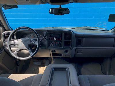 2005 Chevrolet Avalanche LS