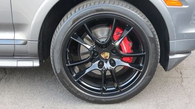 2010 Porsche Cayenne GTS