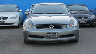 2004 INFINITI G35 Coupe w/Leather