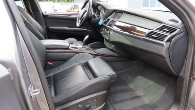 2011 BMW X6 xDrive35i 35i