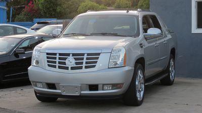 2010 Cadillac Escalade EXT Luxury
